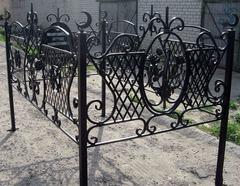 Кованая могильная ограда дизайн МОК-001