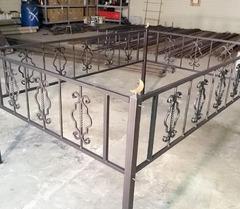 Кованая могильная ограда дизайн МОК-003