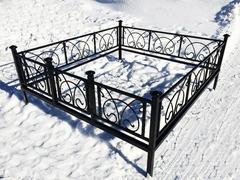 Кованая могильная ограда дизайн МОК-005