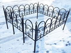 Кованая могильная ограда дизайн МОК-006