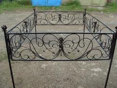 Кованая могильная ограда дизайн МОК-008