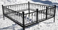 Кованая могильная ограда дизайн МОК-011