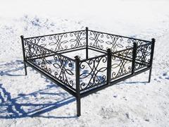Кованая могильная ограда дизайн МОК-012
