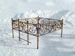 Кованая могильная ограда дизайн МОК-015