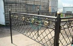 Кованая могильная ограда дизайн МОК-016