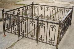 Кованая могильная ограда дизайн МОК-017