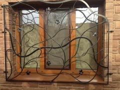 Кованые решетки на окна дизайн КР 008