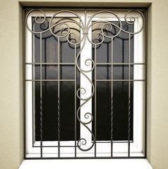 Кованые решетки на окна дизайн КР 009