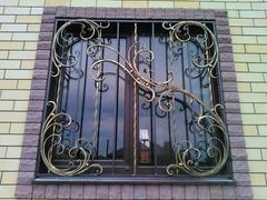 Кованые решетки на окна дизайн КР 010