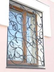 Кованые решетки на окна дизайн КР 027