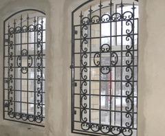 Кованые решетки на окна дизайн КР 034