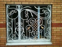 Кованые решетки на окна дизайн КР 045