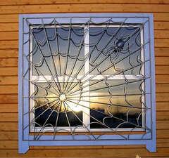 Кованые решетки на окна дизайн КР 048