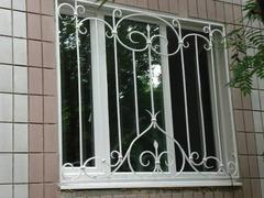 Кованые решетки на окна дизайн КР 049