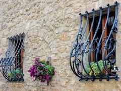 Кованые решетки на окна дизайн КР 054