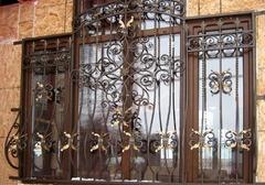 Кованые решетки на окна дизайн КР 063