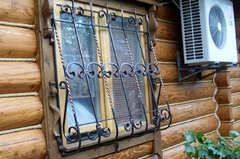 Кованые решетки на окна дизайн КР 074