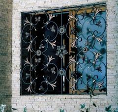 Кованые решетки на окна дизайн КР 078